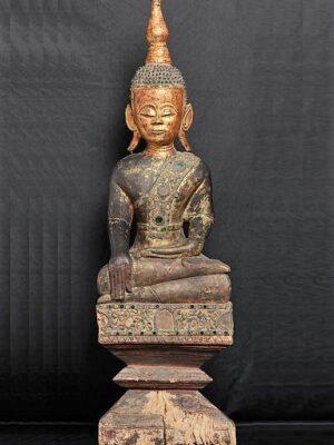 Buddha birmano (Tai Lue) seduto, in legno